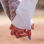 恋愛で悩んでいる人必見!占いとカウンセリングどっちに相談すべき?